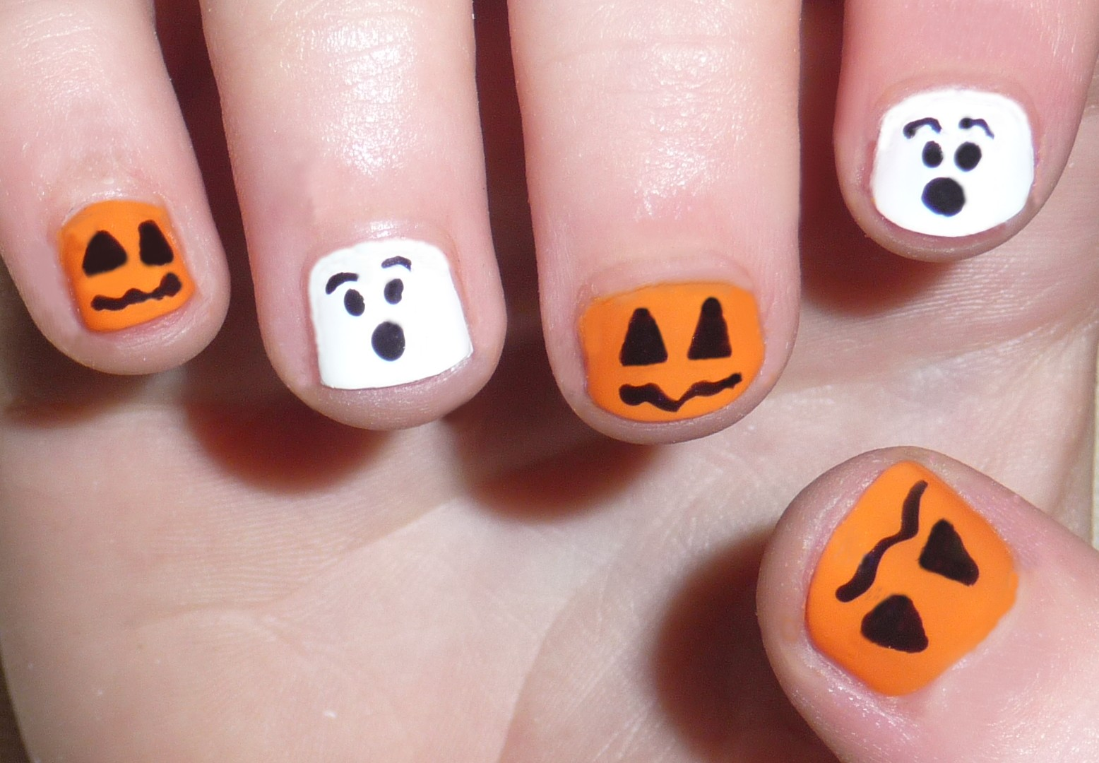 Cute Simple Halloween Nails Papillon Day Spa