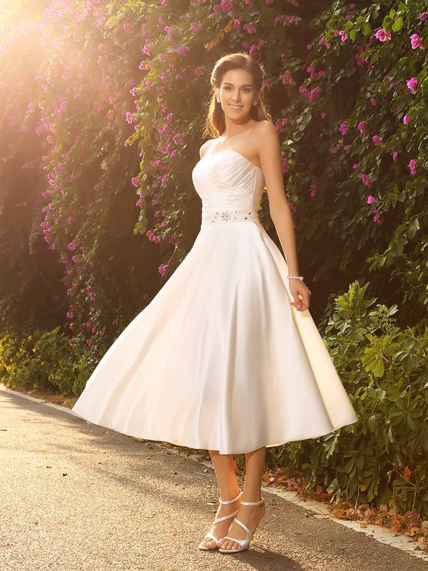 A Line Princess Sweetheart Beading Sleeveless Short Satin Wedding Dresses