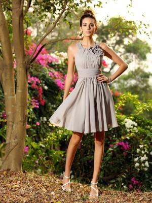 A-Line/Princess Scoop Hand-Made Flower Sleeveless Short Chiffon Bridesmaid Dresses