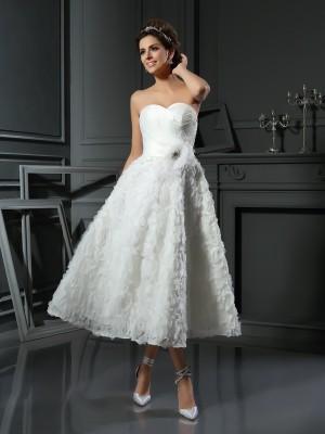 A-Line/Princess Sweetheart Bowknot Sleeveless Short Satin Wedding Dresses