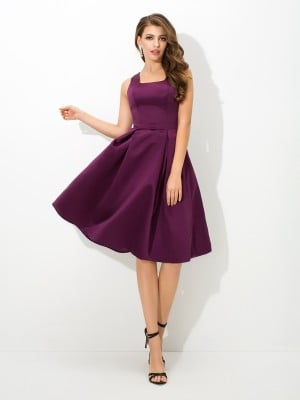 A-Line/Princess Square Pleats Sleeveless Short Satin Bridesmaid Dresses