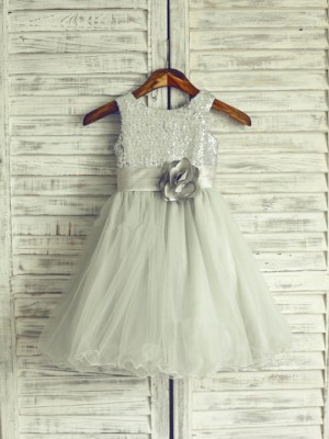 A-line/Princess Scoop Sleeveless Hand-Made Flower Long Organza Dresses