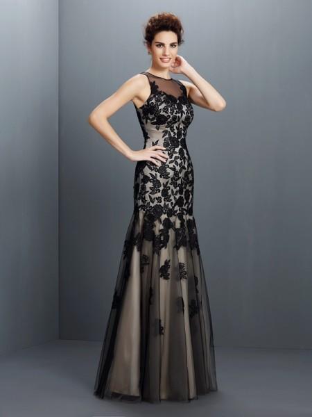 A-Line/Princess Bateau Applique Sleeveless Long Satin Dresses