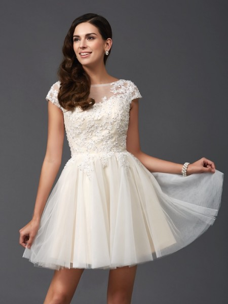 A-Line/Princess Scoop Applique Short Sleeves Short Net Dresses
