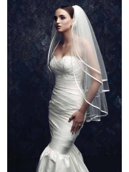Gorgeous 3 Layer Tulle Wedding Veils