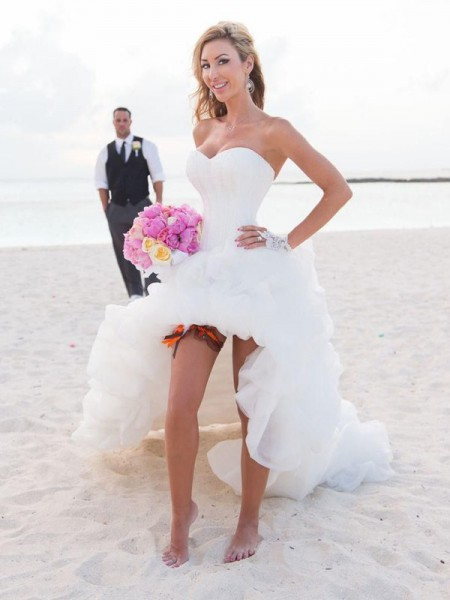 A-Line/Princess Sweetheart Asymmetrical Sleeveless Organza Wedding Dresses