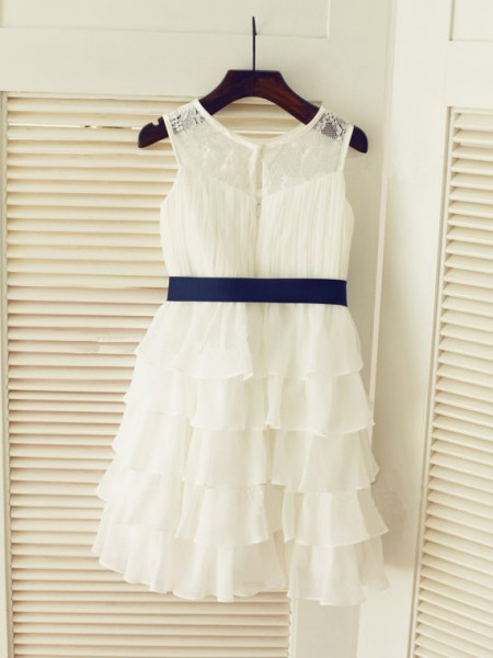 A-line/Princess Scoop Sleeveless Ruched Long Chiffon Dresses