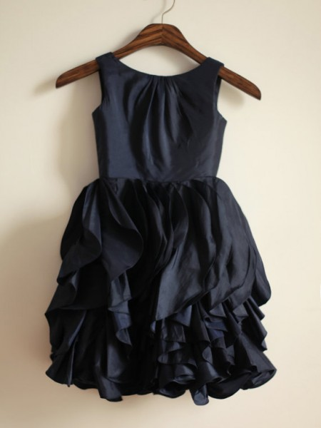 A-line/Princess Jewel Sleeveless Long Taffeta Dresses