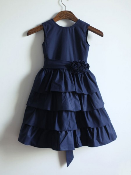 A-line/Princess Jewel Sleeveless Sash/Ribbon/Belt Long Taffeta Dresses