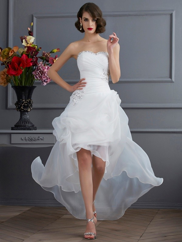 A-Line/Princess Sweetheart Sleeveless Beading High Low Organza Wedding Dresses